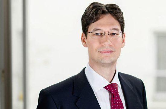Dr. Peter Lukácsi